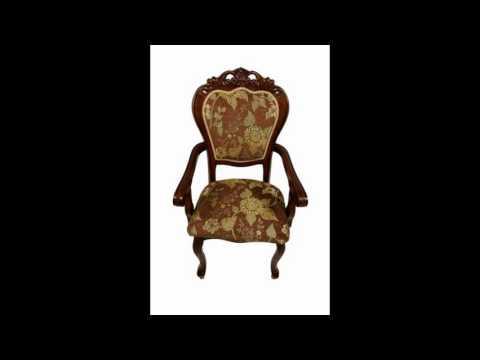 Кресла мягкие с деревянными подлокотниками