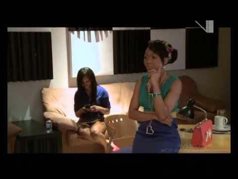 VUZU.TV: Dineos Diary - Visiting Lez in Studio
