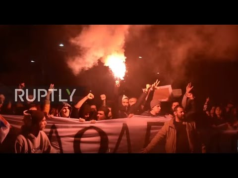 Serbia: Anti-Vucic protesters storm Belgrade for third night