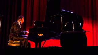 Chilly Gonzales   explaining the minor keys