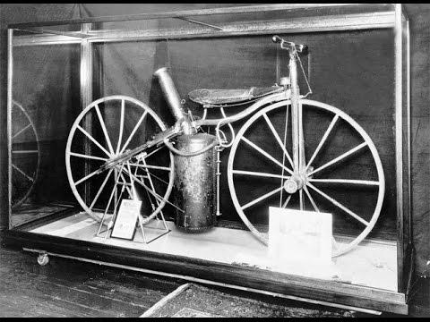 Khám Phá Lịch Sử Chiếc Xe Gắn Máy Đầu Tiên