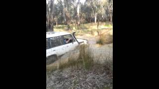 How to get a Pajero bogged lol