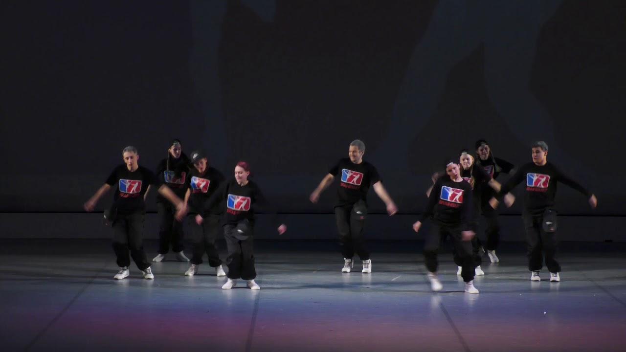 """Видео """"Отчетный концерт 20 января 2018 года (взрослые) в Концертном зале отеля Санкт-Петербург"""". Хип-хоп"""