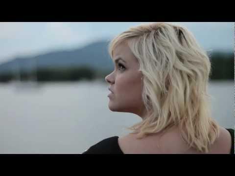 Something like Kites - RUN AWAY - Feat. Brianna Cregan