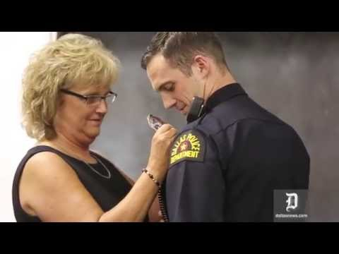 Dallas Police recruits receive badges