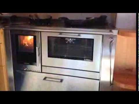 Sa di legno la cucina a legna come mai vista prima for Cucine pertinger
