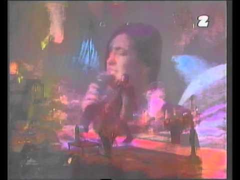 """Kasia Kowalska - """"Jak rzecz"""" i """"Kto może to dać"""" - (live """"Kobiety w rocku"""" 1995)"""