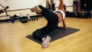 Motivation Monday! Work Out With Holly Valentine!