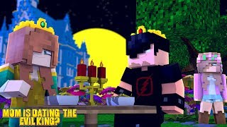 MOM IS DATING THE EVIL KING?!   Minecraft Little Kelly