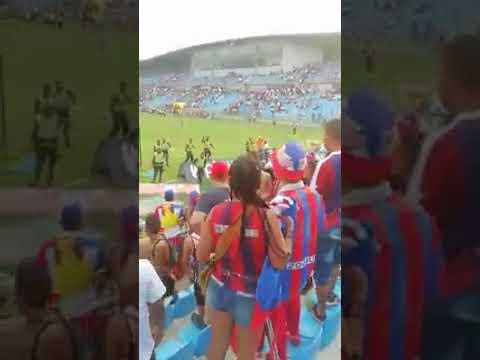 Disturbios en estadio Sierra Nevada tras empate 1-1 Unión Vs. Alianza