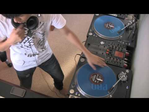 DJ Ravine takes you Ol Skool Mix