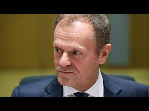 Tusk aceita adiamento do Brexit, com condições