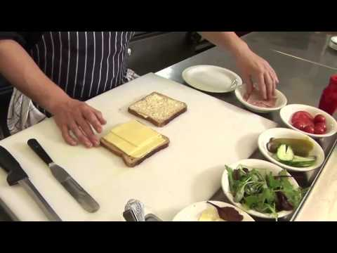 How To Make A Ham And Cheese Sandwich