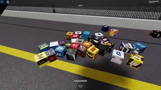 squeakers commentating a roblox sim series race 1