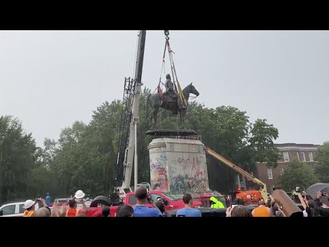 Statue To Stonewall Jackson Removed From Monument Ave.