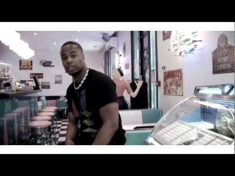 Youtube: Tito Prince – Fillette Veut Son Lascar    (Video official HD)