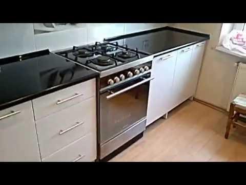 Кухня белый верх, белый низ, черная столешница М-ПРУС
