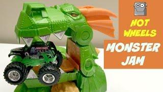 MONSTER JAM Dragon Blast Challenge Set Grave Digger Hot Wheels