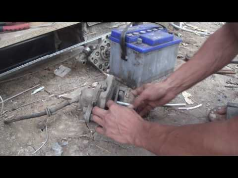 Полезный самодельный инструмент для гаражных мастеров