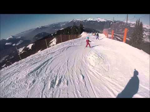 Les yétis font du ski
