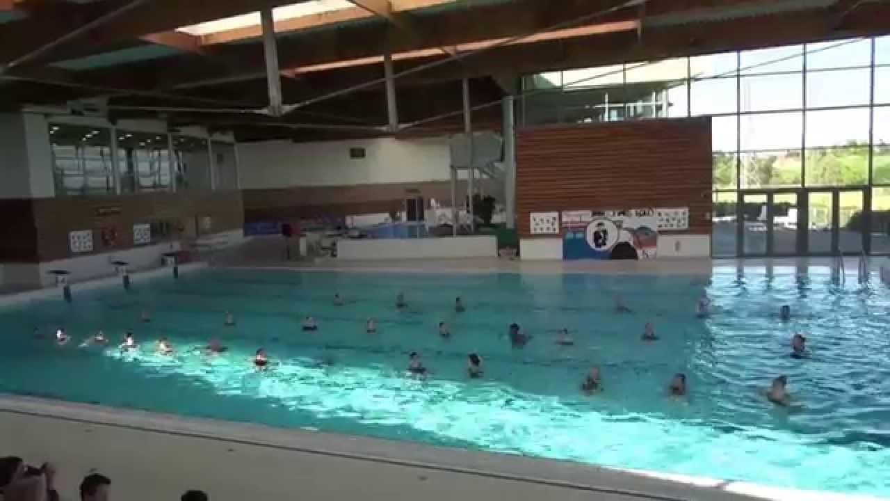 Coll ge guy de maupassant natation synchronis e chaumont for Piscine trie chateau