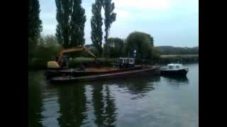Dredging The Thames At Abingdon