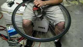 Free Fixie! How to remove a cassette without special tools