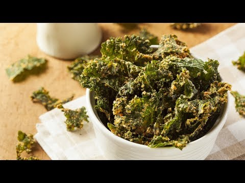 AMAZING RAW VEGAN KALE CHIPS WITH DR DOUG GRAHAM
