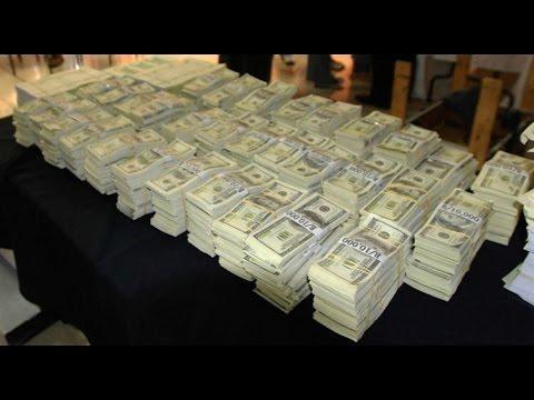 GTA 5 Free Money Drops (Every 100 Subs) LIVE