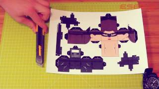 Catwoman (papercraft) - tutorial