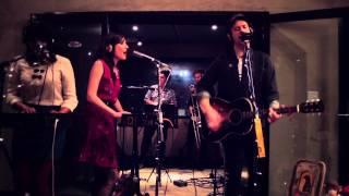 Skipping Girl Vinegar - Chase The Sun - Live at Atlantis Sounds studios