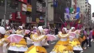 2014年8月23日に開催された第33回浅草サンバカーニバル。このイベントに...