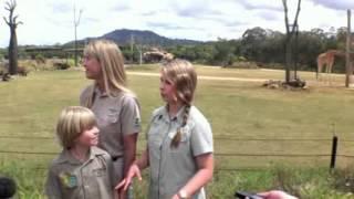"""Bindi Irwin - Australia Zoo """"Africa"""" First Anniversary (16 September 2012)"""