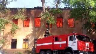 Пожар в бывшей воинской части г.Бобров