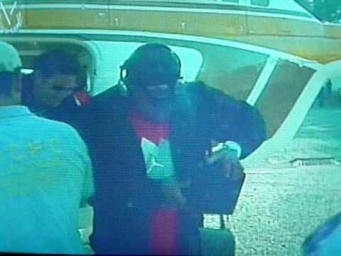 Pablo Sandoval Llegando en helicoptero magabullero .MOV