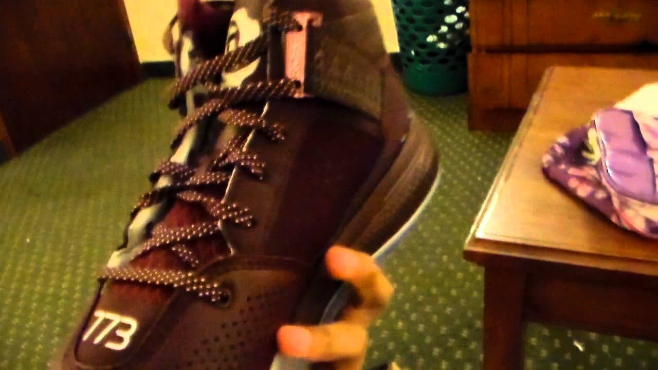 12cfab2d3a6 D rose 773 iv maroon review - YouTube