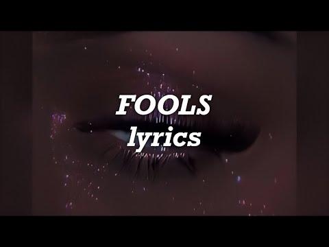 Madison Beer - Fools (Lyrics)