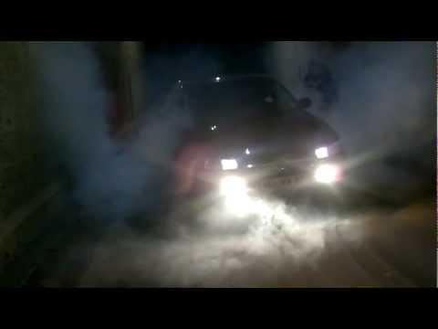 BurnOut Opel Omega B 2,5L V6.mp4