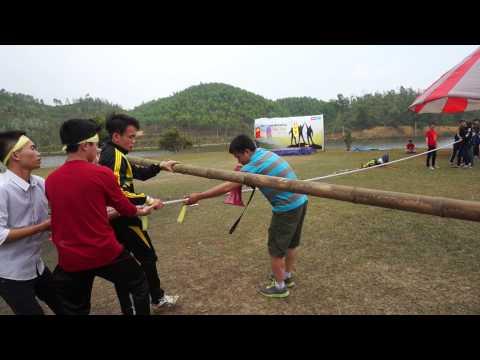 Hi! Teambuilding - Đại náo núi Tản Viên 2015 (Hoạt động ngoài trời - đi trên dây)