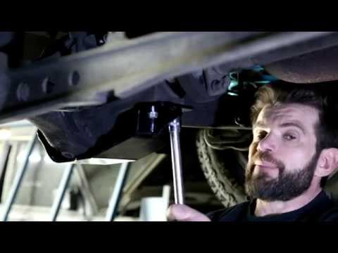 DIY Install Land Rover Discovery 2 APT Slider Diff Guard – Rear