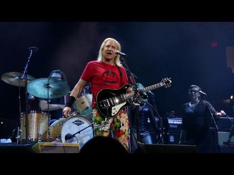 Joe Walsh 2017 05 06 Tampa, Florida - Amalie Arena