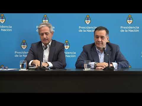 Declaraciones a la prensa de los ministros Andrés Ibarra y Alejandro Finocchiaro