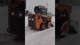 Очистка территории ТРЦ «Проспект» от снега снегоуборочной машиной Bobcat(, 2016-12-02T13:59:34.000Z)