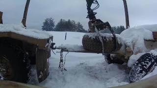Урал лесовоз Сцепка с прицепом манипулятором Атлант С-90
