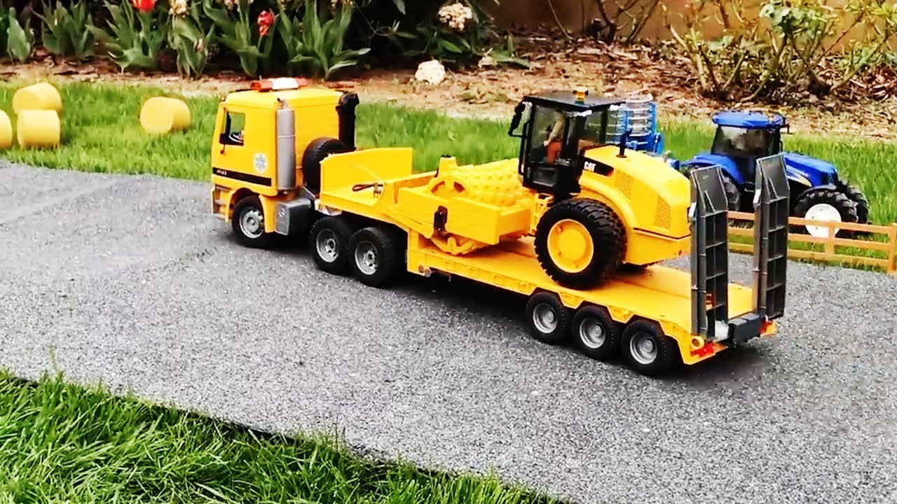 RC Truck transport RC Cat Vibratory Soil