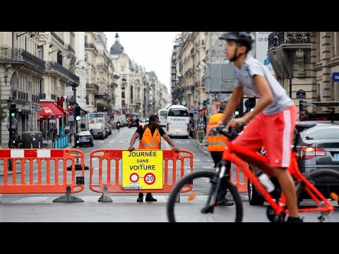 Παρίσι: «Ρεπό» στα αυτοκίνητα για το περιβάλλον