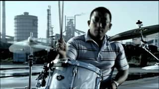 2007年11月21日発売album「地球の裏から風が吹く」収録。 「沸点36℃」ミ...