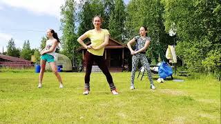 Смотреть Танец под песню Александр А Ревва Чика дачные Чики онлайн