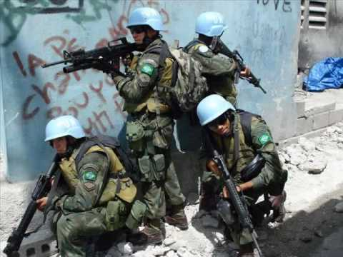 Exército Brasileiro e Fuzileiros Navais no Haiti - Brazilian Army and  Marines in Haiti (Minustah) ef0ae6b1f78