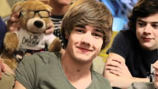 liam payne being adorable